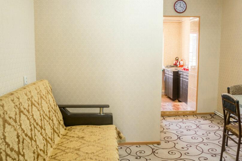2-комн. квартира, 38 кв.м. на 4 человека, Дзержинского, 71, Пятигорск - Фотография 5