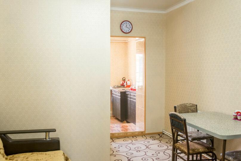 2-комн. квартира, 38 кв.м. на 4 человека, Дзержинского, 71, Пятигорск - Фотография 6
