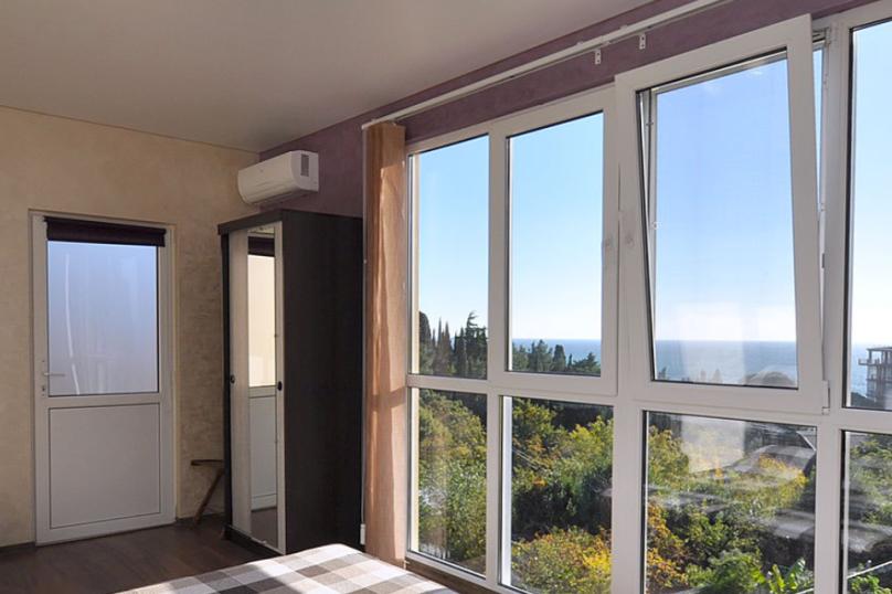 Студия с панорамным окном, Паустовского, 15А, Симеиз - Фотография 1