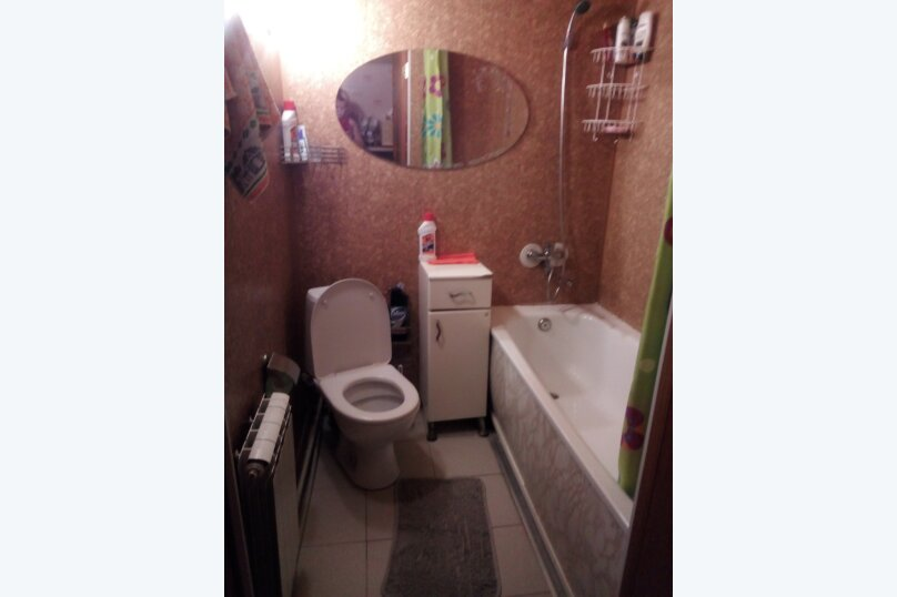 """Гостевой дом """"Акварель"""", улица имени Алексея Крамаренко, 121 на 5 комнат - Фотография 32"""