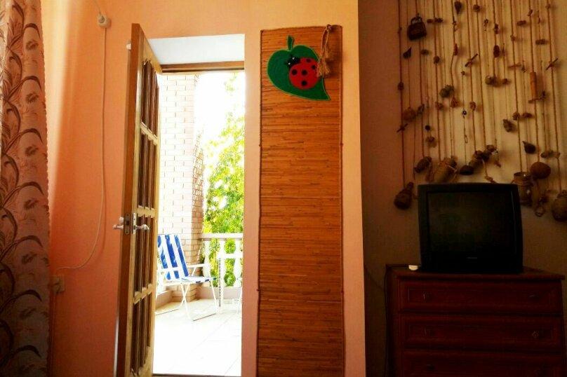 """Гостевой дом """"Божья Коровка"""", Юго-Западная, 58 на 14 комнат - Фотография 13"""