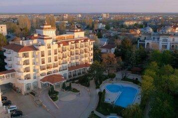 Гостиница, проспект Айвазовского на 53 номера - Фотография 1