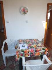Недорогой однокомнатный дом с двориком  , 35 кв.м. на 4 человека, 4 спальни, Тихая, 19, поселок Орджоникидзе, Феодосия - Фотография 4