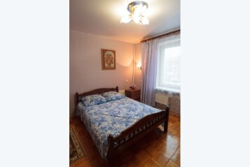2-комн. квартира, 60 кв.м. на 6 человек, улица Родионова, 184, Нижний Новгород - Фотография 1