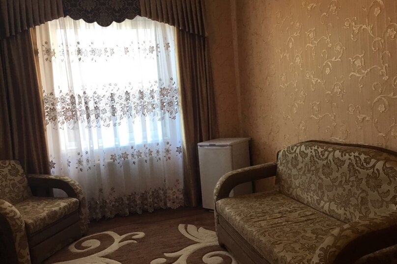 """Гостевой дом """"Изумруд"""", Высотная улица, 3 на 20 комнат - Фотография 15"""