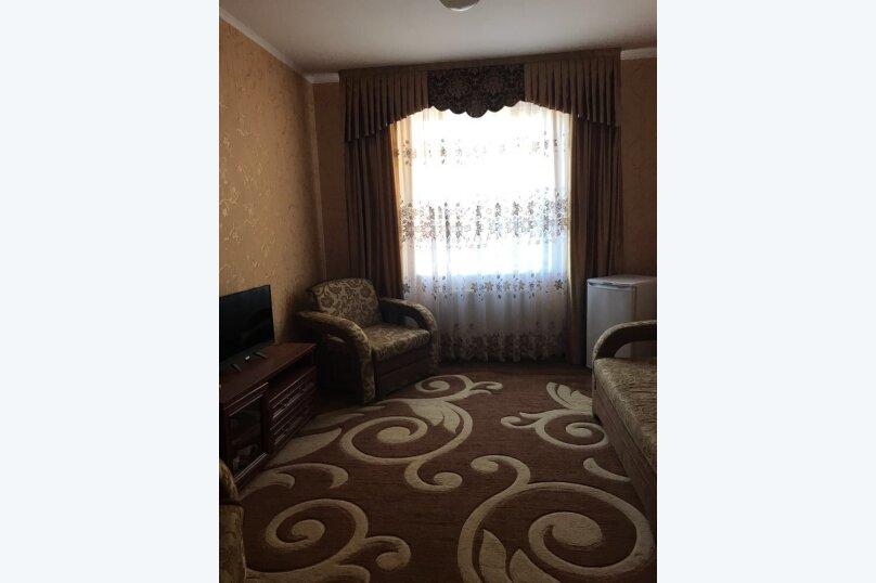 """Гостевой дом """"Изумруд"""", Высотная улица, 3 на 20 комнат - Фотография 17"""