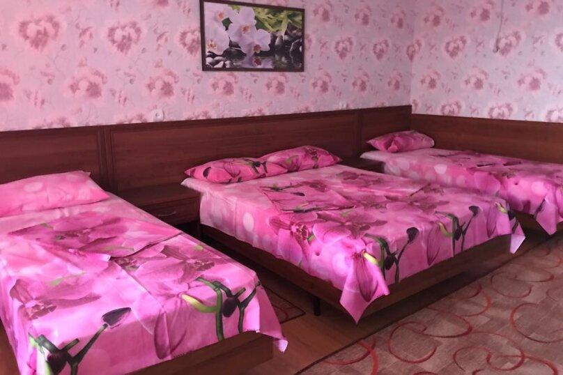 """Гостевой дом """"Изумруд"""", Высотная улица, 3 на 20 комнат - Фотография 23"""