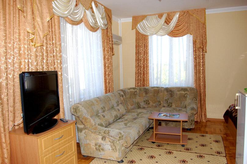 """Мини-отель """"Якорь"""", улица Новороссийская, 148  на 9 номеров - Фотография 2"""