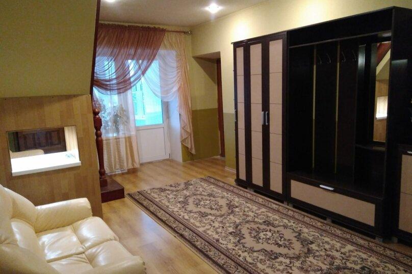 Сдам коттедж, 150 кв.м. на 7 человек, 3 спальни, 1-я Пролетарская улица, 3 , Великий Устюг - Фотография 1
