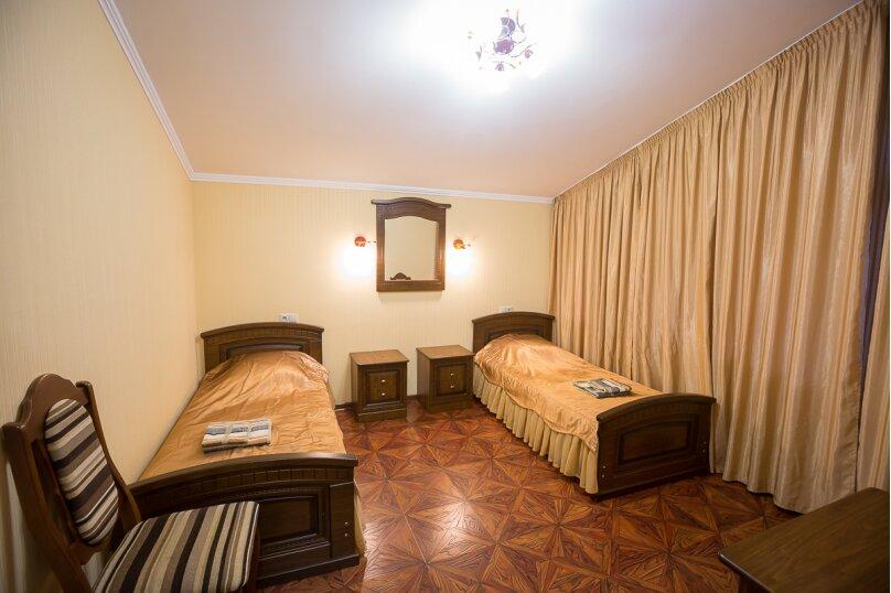 Дом, 340 кв.м. на 14 человек, 6 спален, Ачишховская улица, 7, Красная Поляна - Фотография 36