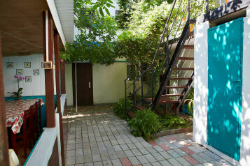 Гостевой дом по ул. Таманской , Таманская улица на 4 номера - Фотография 2