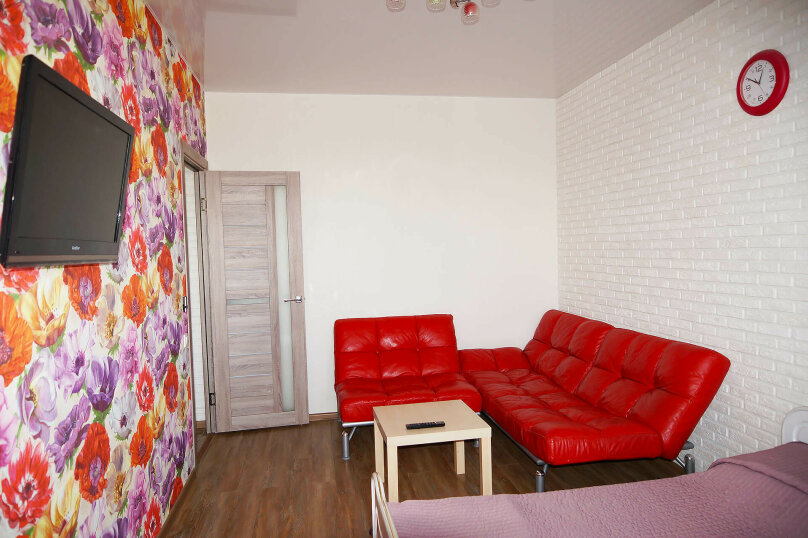 1-комн. квартира, 40 кв.м. на 4 человека, улица Степана Разина, 107, Екатеринбург - Фотография 2