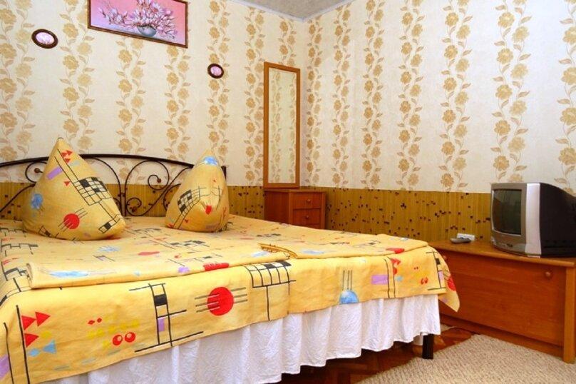 """Гостевой дом """"Александры и Александра"""", Десантников, 7 на 14 комнат - Фотография 28"""