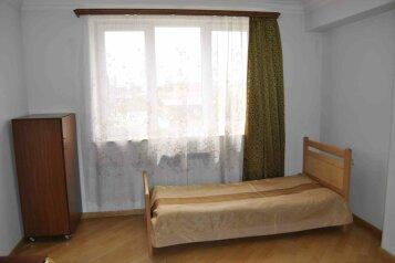 3-комн. квартира, 96 кв.м. на 6 человек, улица Корюна, Yerevan - Фотография 4