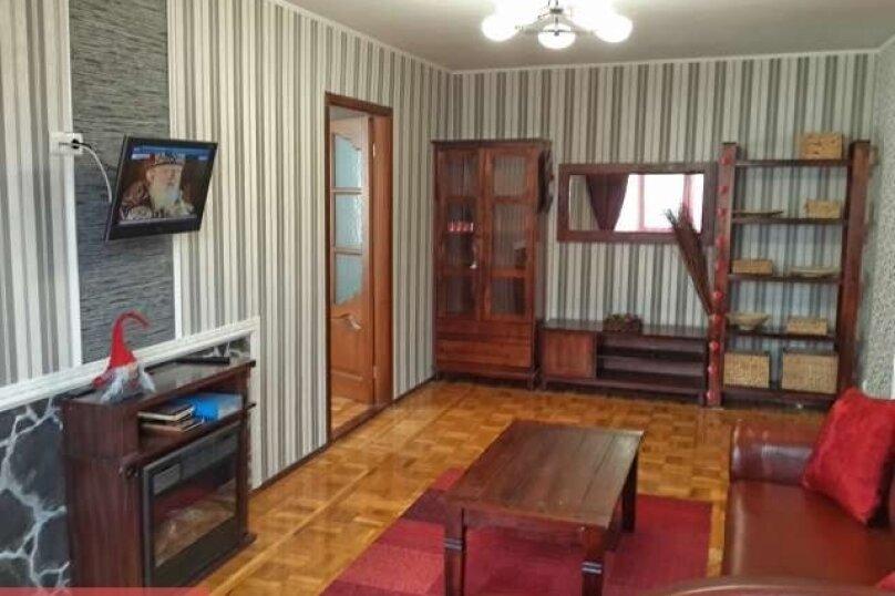2-комн. квартира, 44 кв.м. на 2 человека, киевская , 127, Симферополь - Фотография 2