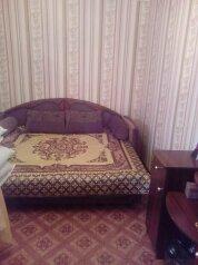 2-комн. квартира, 44 кв.м. на 5 человек, улица Нахимова, поселок Орджоникидзе, Феодосия - Фотография 3