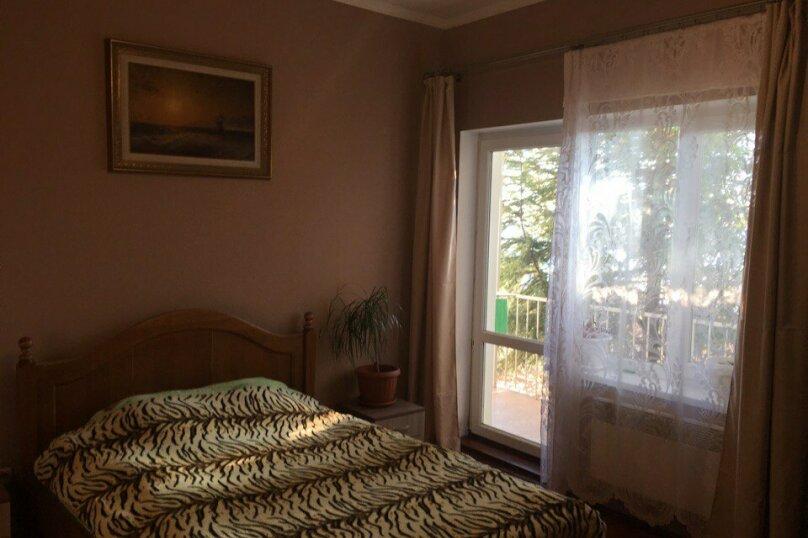 Дом, 1 этаж , 100 кв.м. на 9 человек, 3 спальни, Виноградная улица, 21, Гурзуф - Фотография 2