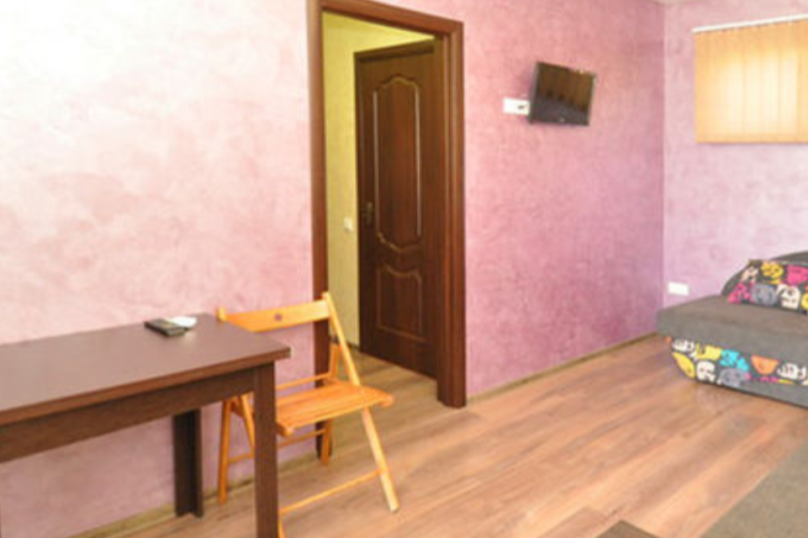 Двухкомнатный , смежные комнаты,второй этаж, Паустовского, 15А, Симеиз - Фотография 1