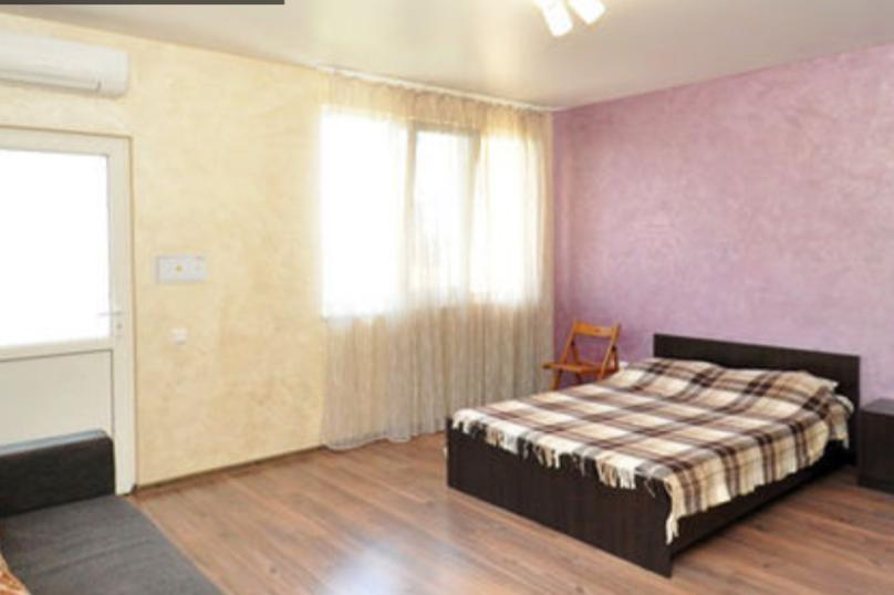 Студия,второй этаж, Паустовского, 15А, Симеиз - Фотография 1
