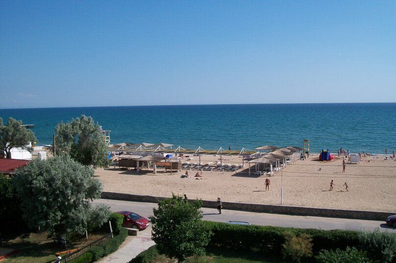 """3х местный номер """"Комфорт"""" с видом на море, Симферопольская улица, 2л, Евпатория - Фотография 1"""