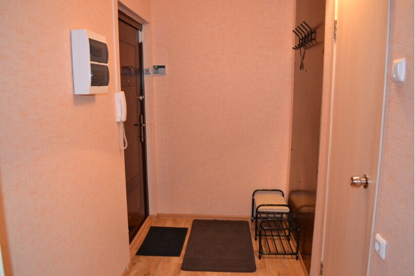 1-комн. квартира, 32 кв.м. на 2 человека, улица Александра Шмакова, 10, Челябинск - Фотография 7