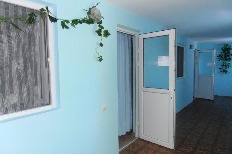 """Гостевой дом """"На Ленина 72"""", улица Ленина, 72 на 7 комнат - Фотография 1"""