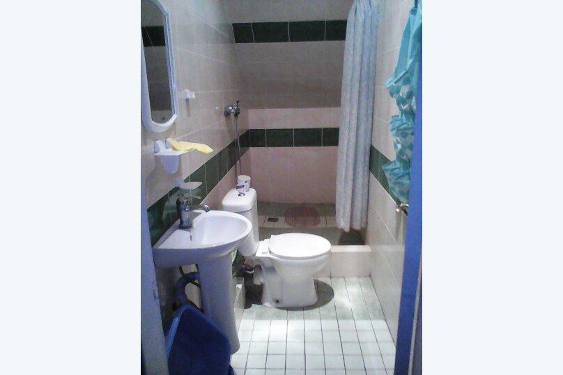 """Гостевой дом """"Три кита"""", Зеленая, 3 на 12 комнат - Фотография 65"""