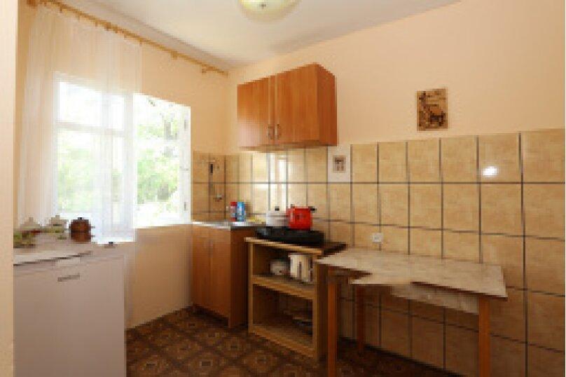 1-й этаж дома слева, Подгорная улица, 10 Ж, Феодосия - Фотография 6