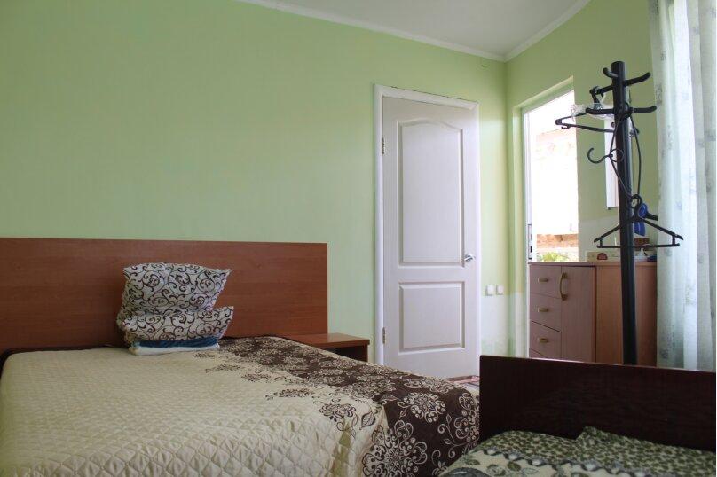Трехместный в полукруг. коттедже 2 этаж (9), Зеленая, 3, Николаевка, Крым - Фотография 1
