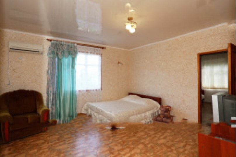 2-й этаж дома слева, Подгорная улица, 10 Ж, Феодосия - Фотография 2