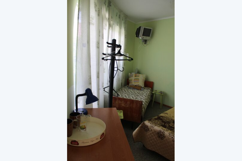 """Гостевой дом """"Три кита"""", Зеленая, 3 на 12 комнат - Фотография 62"""