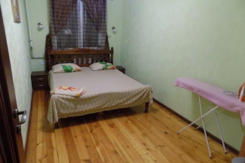 3-комн. квартира, 68 кв.м. на 6 человек, улица Сурикова, 16, Алупка - Фотография 13