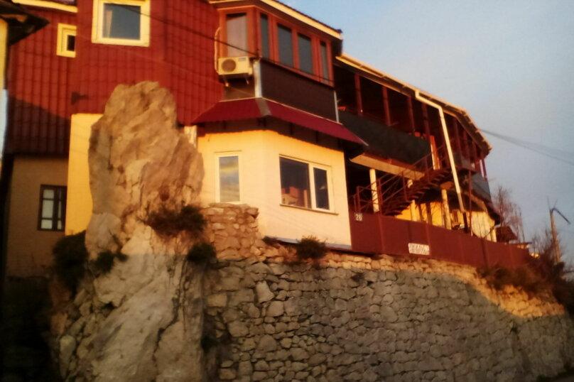 """Гостевой дом """"Дом на скале"""", Севастопольское шоссе, 26 на 6 комнат - Фотография 1"""