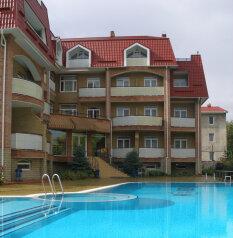 Отель , улица Десантников, 7Б на 26 номеров - Фотография 1