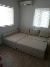 Частный дом, 24 кв.м. на 3 человека, 1 спальня, Красногвардейская улица, 1, Алупка - Фотография 2