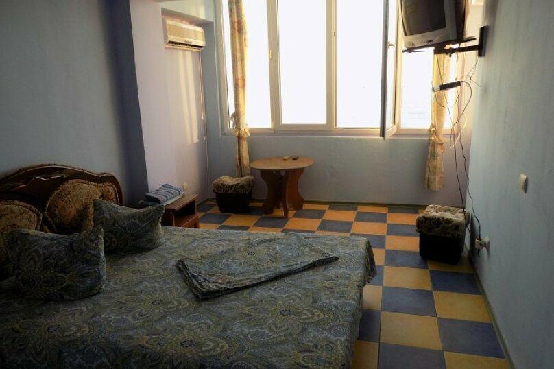 1-но комн номер в 10 метрах от моря, 26 кв.м. на 3 человека, 1 спальня, Ленина, 35-б, Алупка - Фотография 3