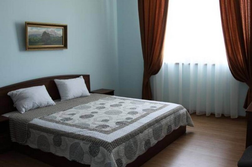2-х местный с одной большой кроватью, Морская 4 массив 1, 3, Саки - Фотография 1
