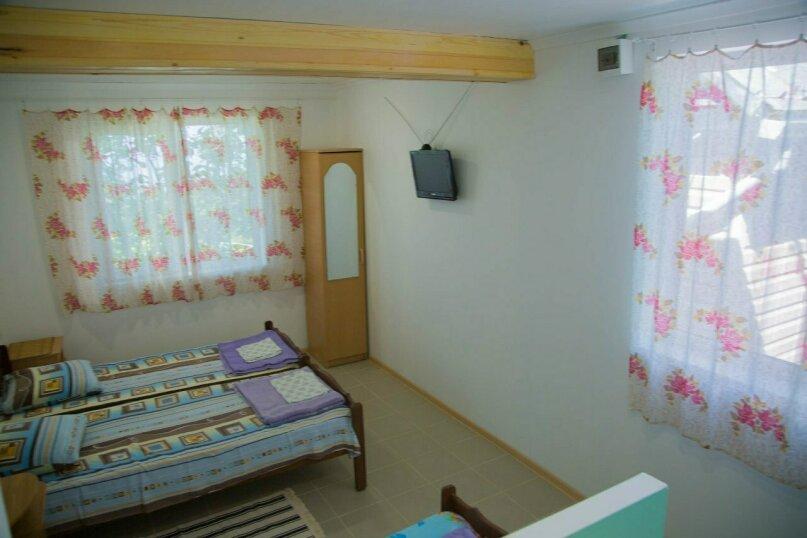 4-х местный семейный номер, Пролетарская улица, 19, Лазаревское - Фотография 1