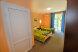 Трехместный с двуспальной и односпальной кроватью:  Номер, Стандарт, 4-местный (3 основных + 1 доп), 1-комнатный - Фотография 46