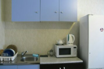 2-комн. квартира, 70 кв.м. на 9 человек, улица Фёдора Абрамова, Санкт-Петербург - Фотография 2