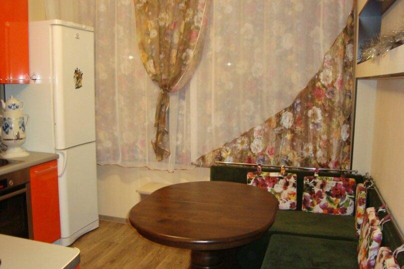 3-комн. квартира, 70 кв.м. на 6 человек, улица Гагарина, 199, Байкальск - Фотография 8