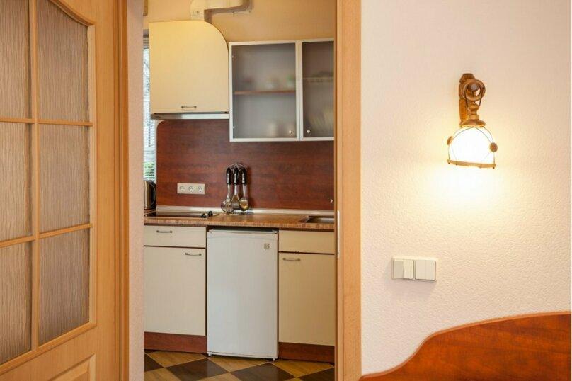 2-х комнатный люкс с кухней, Алупкинское шоссе, 15Г, Кореиз - Фотография 2