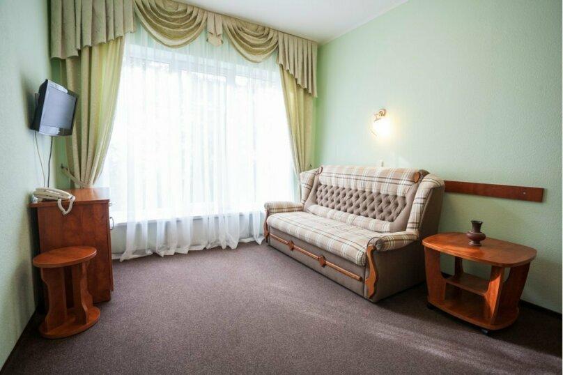 2-х комнатный люкс с кухней, Алупкинское шоссе, 15Г, Кореиз - Фотография 3