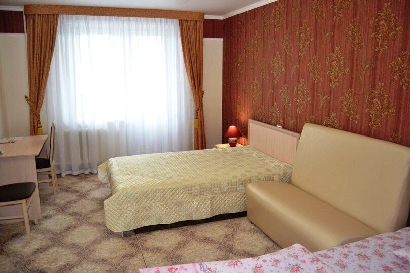 """Апарт-отель """"Абсолют"""", проспект Мира, 72 на 3 номера - Фотография 2"""