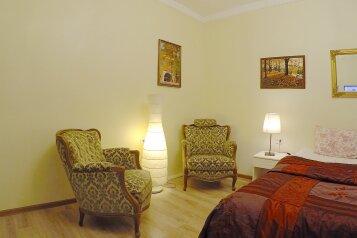 2-комн. квартира, 43 кв.м. на 4 человека, улица Декабристов, метро Садовая, Санкт-Петербург - Фотография 1
