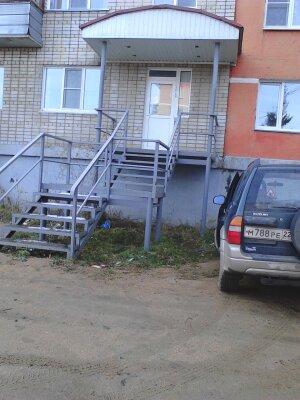 Квартира-гостиница, отдельный вход, улица Академика Мясникова, 14 на 2 номера - Фотография 1
