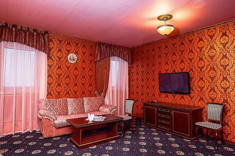 Люкс с гидромассажной ванной, Майкопская улица, 81, Краснодар - Фотография 6