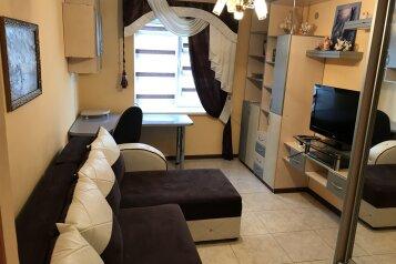 Двухэтажный дом под ключ на 8 чел., 200 кв.м. на 8 человек, 4 спальни, улица Пушкина, Судак - Фотография 3