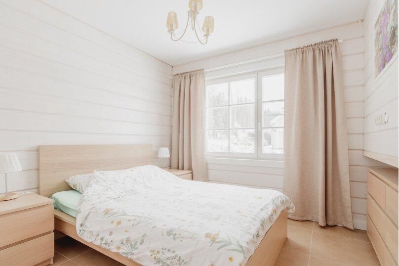 Коттедж с 4 спальнями, сауной и камином (до 10 гостей), 150 кв.м. на 8 человек, 4 спальни, п.Межозерное, № 3, Выборг - Фотография 20