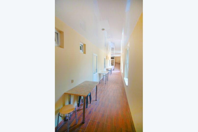 """Гостевой дом """"Алёна"""", Тупиковый переулок, 41 на 17 комнат - Фотография 15"""